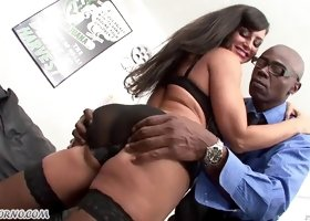 Busty milf Lisa Ann and a huge black man with ebony stick