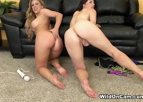 Cherie Deville & Sovereign Syre in Stunning Cherie and Sovereign Live - WildOnCam