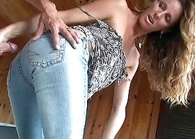 Accepting skinny cougar in jeans licking massive balls before giving out stunning blowjob