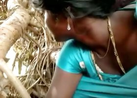 Pakistani dark skin girlfriend gives me head outdoors