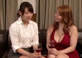 Cunnilingus porn video featuring Sho Nishino and Yumi Kazama