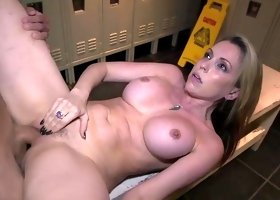 Naughty fuck in the lockers with Courtney Cummz