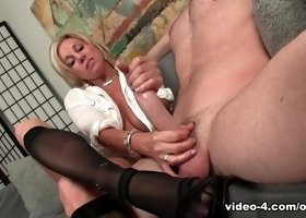 To The Legs Of My Escort Lover - Over40Handjobs