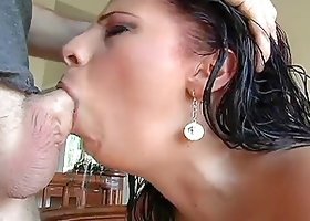 Gianna Michaels gets face-fucked by Jonni Darkko and enjoys it